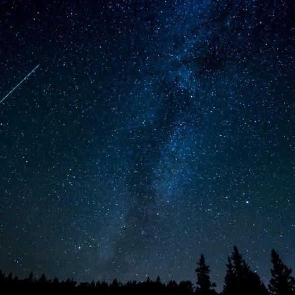 astronomy-comet-constellation-cosmos-631477