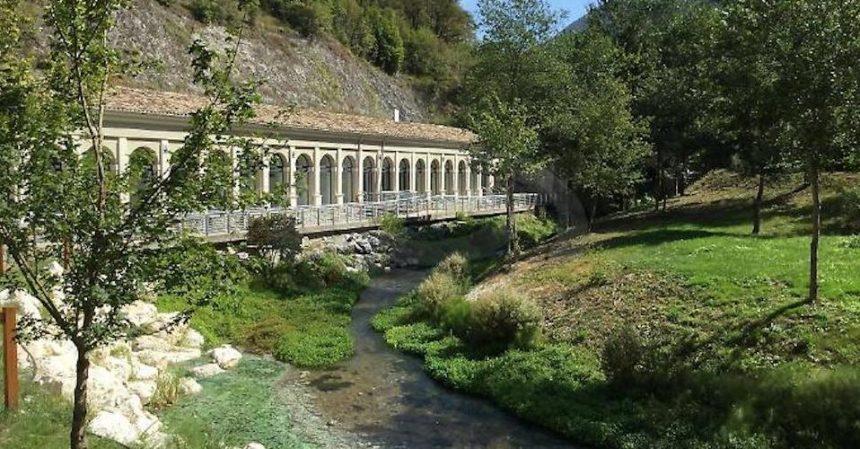 Terme di Triponzo: aprono gli antichi bagni nel bosco