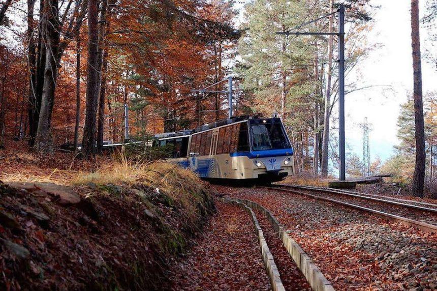 Piemonte e Svizzera con il treno del foliage: la bellezza viaggia sui binari