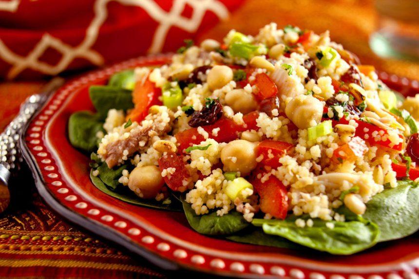 Cous cous marocchino: un piatto antico che si mangia di venerdì