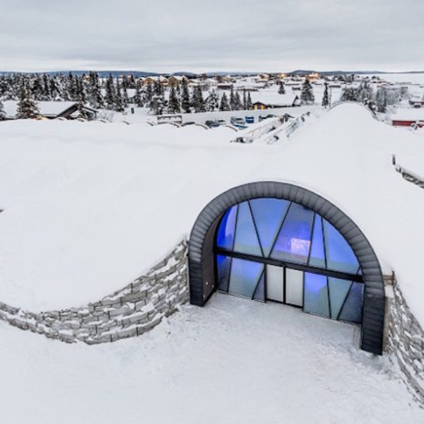icehotel-medium-entrance