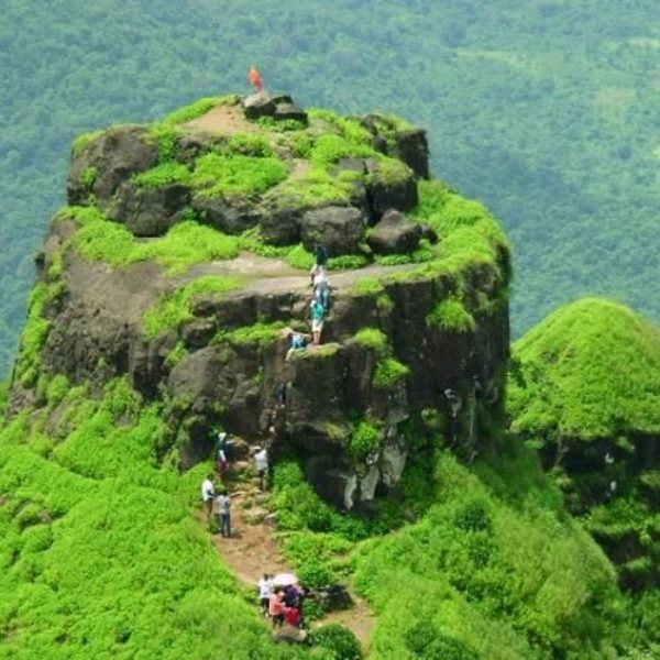Kalavantin Summit