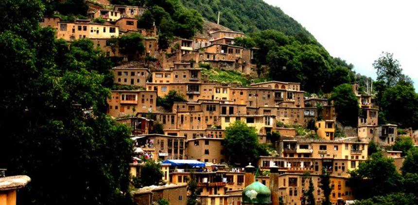 Iran, il villaggio dove si cammina sui tetti e si condividono gli spazi
