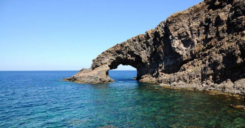 Vacanze a Pantelleria: breve guida alle spiagge migliori