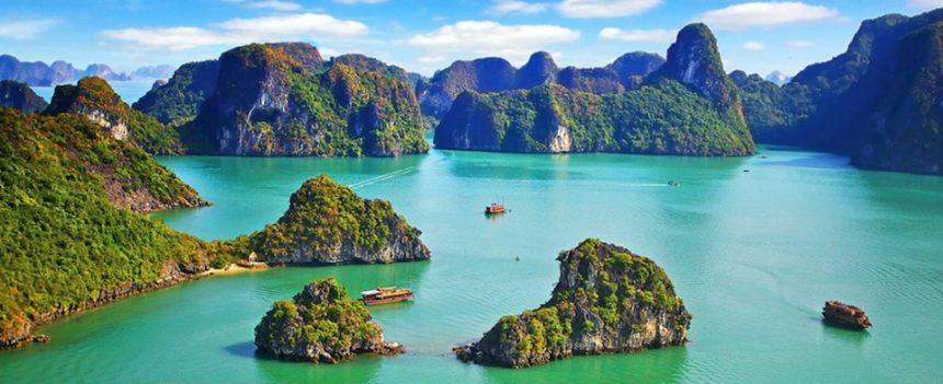 Vietnam da scoprire: dalla baia di Ha Long al vestito tipico locale