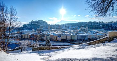 Blick vom Kapuzinerberg auf die Altstadt mit Festung Hohensalzburg