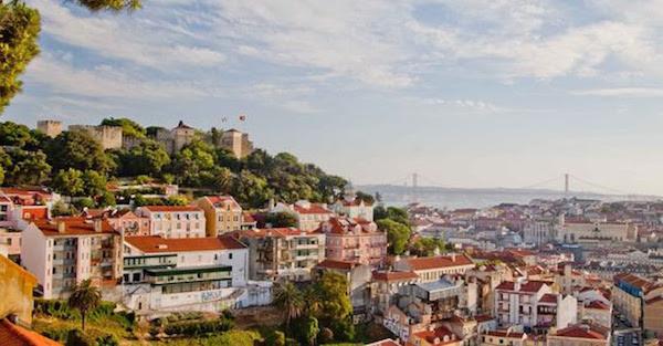Lisbona, tour non convenzionale alla ricerca del miglior punto panoramico