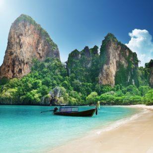 thai-beach-qu