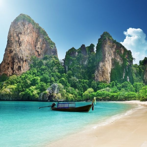 thai-beach-qu
