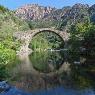 Pont génois de Pianella, Ota, Corse-du-Sud, France
