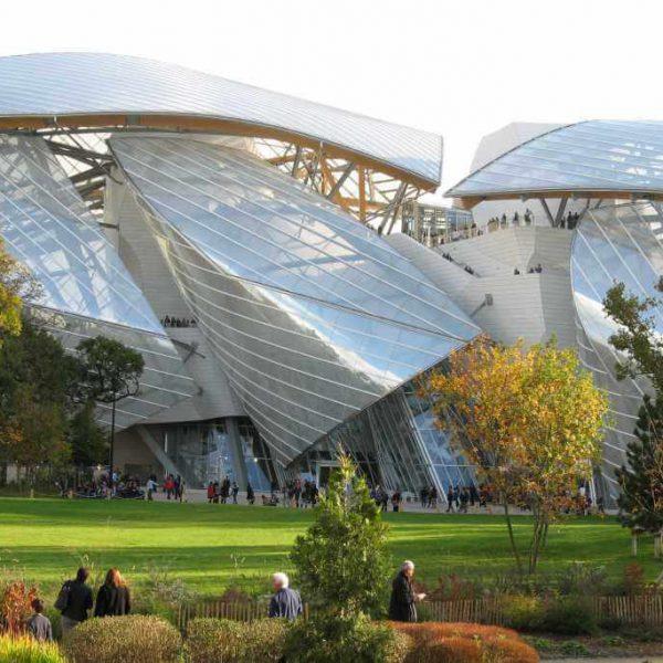 20141026182616!2014-10-26_Fondation_d'entreprise_Louis_Vuitton_week-end_inaugural_(vue_du_jardin_d'acclimatation)