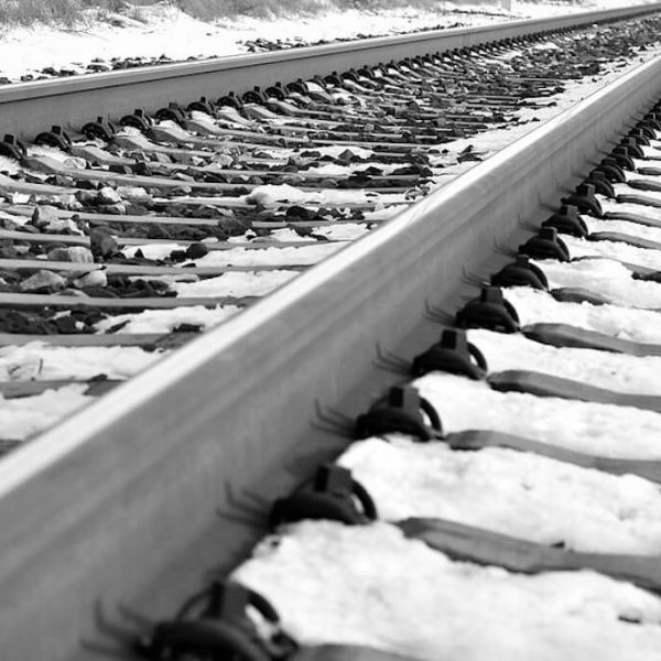 railroad-in-winter-3957599_960_720