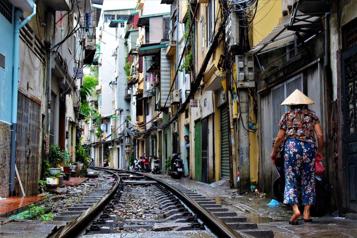 cosa fare ad hanoi: la train street