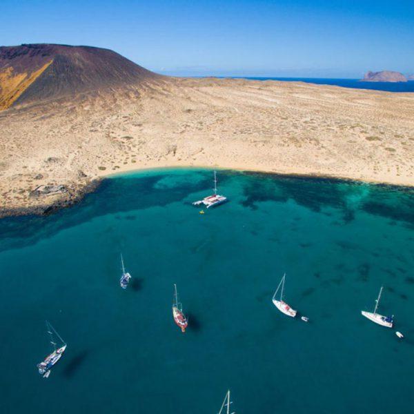 Playa-La-Francesa-La-Graciosa@hellocanaryisland