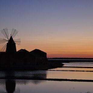 sunset-2938810_1280